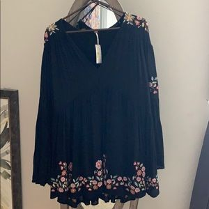 Nwt free people tunic with bell sleeves